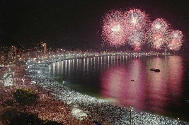 Reveillon-Copacabana.-Rio-de-Janeiro