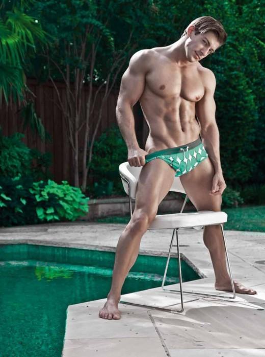 Mr Green by Jason SalzensteinTEIN-06-800x1075-520x698